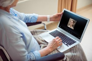 The elderly and communication in the Age of Millennials